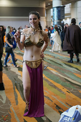 Star Wars Celebration Orlando 2017 Cosplay (V Threepio) Tags: cosplay starwarscelebration2017 vthreepiophotography costume outfit sonya6000 sonyalpha 35mmlens unedited unretouched starwars orlando cosplayer slaveleia