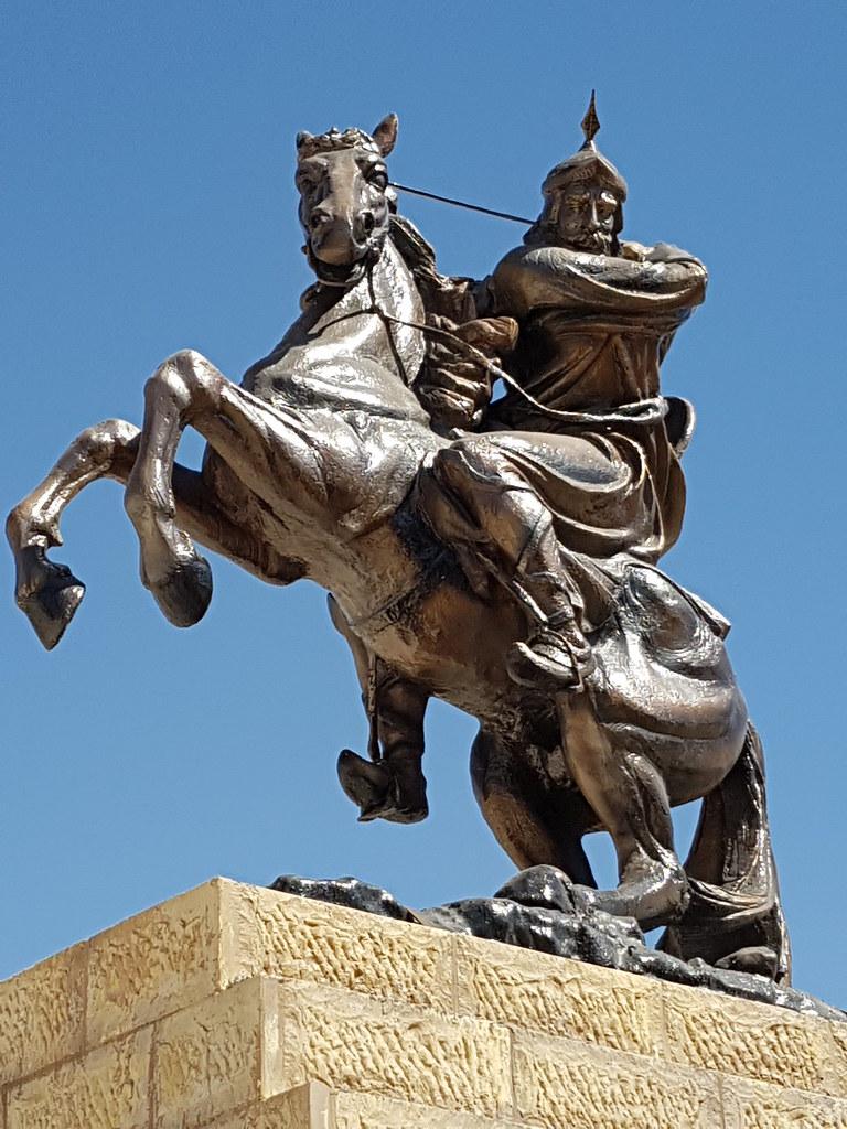 aa6ff990f81 Kerak Castle, Jordan (julianna.lees) Tags: kerakcastle jordan statue saladin