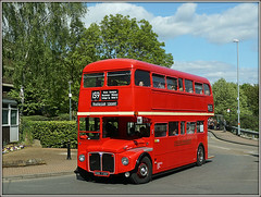 RML2738, Wellingborough (Jason 87030) Tags: rml routemaster london wellingborough bus rally event 2017 may sunny red color colour doubledecker smk738f rml2738 castle northants northamptonshire roadside shot vehicle londontransport 12738 stagecoach