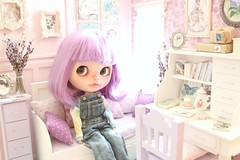 Lavender Whisper - Lilo (♥Moonchild Silverdream♥) Tags: diorama ooak roombox dollhouse dollfurniture lilac lavender licca livingroom miniature blythe bjd enyo odeco nikki doll