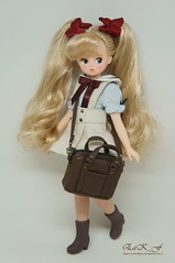 Back from school <3 (Eak_F) Tags: chicabidoll petitechica cosette cosettesugarcandy strawberryvanilla doll