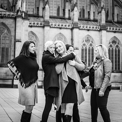 **GIRLS, GIRLS, GIRLS ...** (jochenlorenz_photografic) Tags: girls woman women portrait friendship birthday ladies urban urbanportrait portraiture portraitphotography nikonportrait outdoorportrait linz stadtlinz streetphotography streetportrait nikkor35mm18 fashion