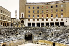 Amphitheatre -  Lecce  DSC06767_HDR.jpg (Chris Belsten) Tags: lecce romanamphitheatre
