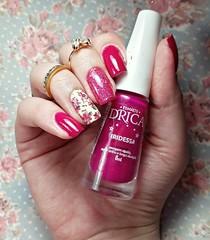 Iridessa - Drica (Fer Valquiria) Tags: drica esmaltesdrica magenta rosa edk glitter indiepolish películadeunhas película sindyfrancesinhas nails nailart nailpolish polish polishnails pink