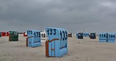 Neuharlingersiel - Ostfriesland (D) (henkmulder887) Tags: neuharlingersiel ostfriesland noordduitsland strand strandstoel koud wind zee meer