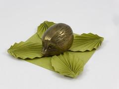 Origami Coaster with Leaves (tip-to-tip) (Michał Kosmulski) Tags: origami coaster tray tato leaves leaf foliage brass hedgehog paperweight michałkosmulski marciashintate satogamisatogamipaper green