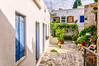 Lefkes, Paros (Kevin R Thornton) Tags: d90 nikon travel courtyard mediterranean greece architecture lefkes paros egeo gr