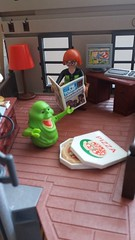 Janines Office (Just a Nobody) Tags: playmobil ghostbusters slimer egon spengler ray stantz winston zeddemore janine melnitz louis tully dana barrett peter venkman 2017 stay pufft ghost ghosts toy figure