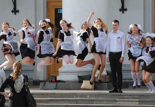ВАликовской школе для 25 выпускников прозвенел последний ученический звонок