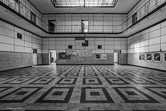 8Z1A4464_5_6_7_8-1 (wernkro) Tags: symmetrie sw lostplace urbexen zeche westerholt krokor