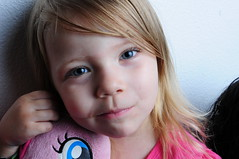 twins 4th birthday_9823 (photoman1012) Tags: chimera octopus 3 foot nikon f16 strobe fired 1100 iso 159