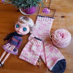 Knitting & dolls :)