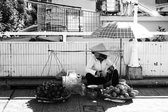 _DSC4903 (Tiến Long) Tags: street life streetlife black blackandwhite white dalat đà lạt vietnam việt nam old market streetseller seller work