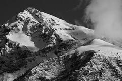 Refuge (Pierrotg2g) Tags: nb bw montagne mountain paysage landscape nature alpes apls alpi belledonne isère dauphiné grésivaudan neige snow nikon d90 tamron 70200