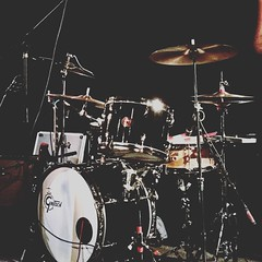 Gretsch Drums in repose - at The Burren 4-28-2017