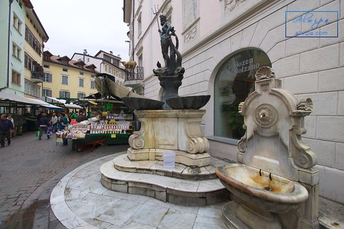 """Bolzano - Bozen • <a style=""""font-size:0.8em;"""" href=""""http://www.flickr.com/photos/104879414@N07/34284440041/"""" target=""""_blank"""">View on Flickr</a>"""
