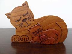 29/04/2017 Wooden cats (Pat's_photos) Tags: ornament wood cat 365