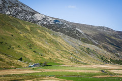 Morning Farm. (Marie-Laure Even) Tags: 2017 champ cloud cymru europe field fjall gallois galloise landscape mai marielaureeven may montagne mountain nature nikond7100 nord northern nuage paysdegalles paysage printemps river rivière royaumeuni sheep snowdonianationalpark spring travel uk unitedkingdom voyage wales welsh wild wilderness гора природа farm ferme
