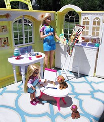 Mommy and me time (flores272) Tags: chelsea chelseadoll barbie barbiedoll barbiefashionistas curvybarbie toydog toyhouse doll dolls toy toys barbieclothing accessories