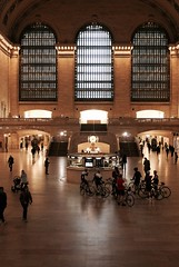 transport interchange (Towner Images) Tags: ny nyc us usa towner manhattan townerimages newyork bigapple building architecture design city urban america grandcentral grandcentralterminal station rail railway light lighting illumination cycle bicycle group traveller hall