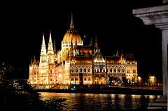 Budapest (gianclaudio.curia) Tags: notturno paesaggio edificio luci fiume altocontrasto budapest nikon 1v1 viaggio flickrdiamond