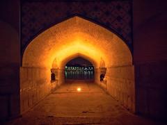 Under the bridge, Khaju Bridge, Isfahan, Iran (CamelKW) Tags: 2017 abyana iran isfahan kashan underthebridge khajubridge