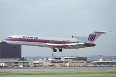 N7449U Boeing 727-222 United Airlines (pslg05896) Tags: n7449u boeing727 united lax klax losangeles
