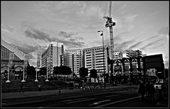 Lime Street, Liverpool, towards student flats 2017 BW (ronramstew) Tags: liverpool limestreet merseyside mersey bw blackandwhite highrise flats studentaccommodation crownhotel pub