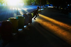 Untitled (La_sadewa) Tags: worldstreet pasuruanstreetphotography streetphotography purestreet indonesiaonthestreet instagramapp instastreet fotograpijalanan children banyuwangi