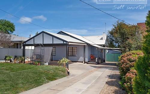 68 Mitchelmore Street, Turvey Park NSW 2650