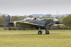 NH341 Spitfire T9 (amisbk196) Tags: airfield aircraft aviation flickr 80d amis headcorn unitedkingdom 2017 kent uk lashenden nh341 spitfire t9 aerolegends