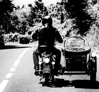 Il professor Canali e il suo splendido sidecar #igersmassacarrara #igerstoscana #igersitalia #volgomassaecarrara #volgotoscana #volgoitalia #ig_toscana #ig_toscana_ #igpic_toscana #yallerstoscana #yallersitalia #igpic_toscana #perlestradedellatoscana #tus