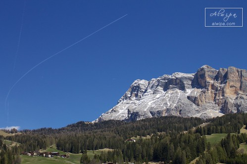 """Dolomiti • <a style=""""font-size:0.8em;"""" href=""""http://www.flickr.com/photos/104879414@N07/34030186820/"""" target=""""_blank"""">View on Flickr</a>"""
