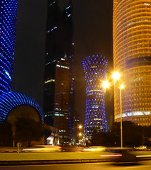 The lights of Doha (2) (hansbirger) Tags: quatar doha year2017