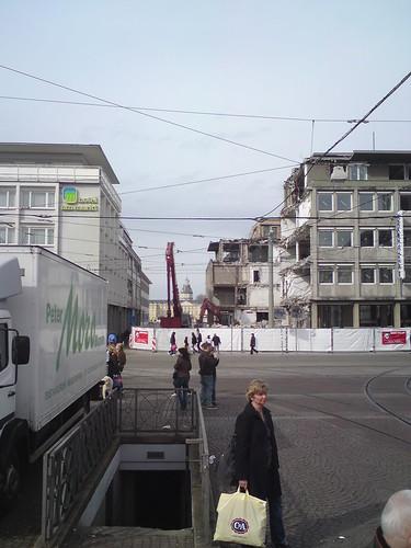 Abbruch der alten Volksbank am Marktplatz Karlsruhe