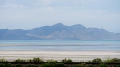 Capture Of Bonneville Salt Flats In Utah (trins) Tags: bonnevillesaltflats utah blues lines naturallines nature summer hotweather drivebyshot mountains mirage saltflats