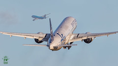 KLM B777 (Ramon Kok) Tags: aviation avgeek avporn airport airplane aircraft air airline airlines airfield amsterdam ams airways eham schiphol thenetherlands holland phbvd klm kl royaldutchairlines polderbaan skyteam boeing777 boeing boeing747 777 77w 777300er
