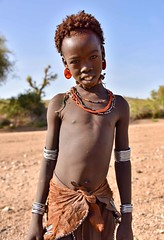 Abore Girl (Rod Waddington) Tags: africa african afrique afrika äthiopien abore tribe traditional tribal omo omovalley outdoor portrait people girl child culture cultural beads bracelet skin earing