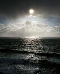 A Pacific glim (Zeb Andrews) Tags: pentax67 kodakektar100 pacificnorthwest pacificocean sun ocean seascape filmisnotdead 6x7 mediumformat oregon oregoncoast horizon light nikoncoolscan9000 scannedatbluemooncamera
