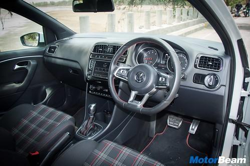 Volkswagen-GTI-13