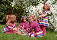Frühling ... bei den Kindergartenkinder ... (Kindergartenkinder) Tags: grugapark essen kindergartenkinder blüte baum garten blume park sanrike tivi annemoni margie frühling annette himstedt dolls milina leleti reki
