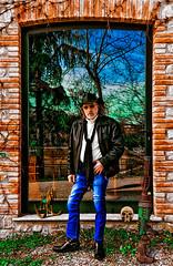 Bounty Killer - Mission in Montesegele Castle (Marco Trovò) Tags: marcotrovò hdr canon5d montesegale pavia italia italy city città strada via street casa house castellodimontesegale montesegalecastle ritratto portrait