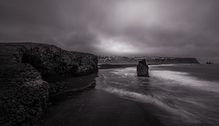 Dyrhólaey (Toni_pb) Tags: islandia iceland landscape nikon nature naturaleza nubes nikkor1424f28 black bw bn water waterscape wild white d810 dyrhólaey clouds cloudy beach beautifulearth monocromo monochromatic