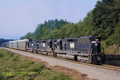 NW 1723 1796 1791 GR12, Connellsville, PA 7-10-82 (jackdk) Tags: train railroad railway emd emdsd45 sd45 nw norfolkand western norfolkwestern gr12 pwv pittsburghandwestvirginia connellsvillepa longhood longhoodforward