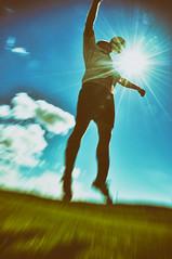 TSU Obergänserndorf DSC_0052Art (reinhard_srb) Tags: sprotverein fussball obergänserndorf weinviertel niederösterreich match tor spiel spieler ball dress verein platz rasen mannschaft himmel wiese vintage art stil alt dia kopfball sonne sprung zoom action 70er jahre farbfoto papierfoto ausarbeitung kodak agfa orwo