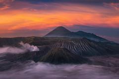 Bromo (Piriya Pete Wongkongkathep) Tags: bromo indonesia volcano java island viewpoint penanjakan