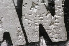 Tag argent (Pi-F) Tags: mur tag art urbain peinture argent noir couleur lettre dessin graphisme paris france brillant bang graffiti