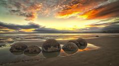 Moeraki Boulders II (flokasper) Tags: travelphotography nature natur travel moerakiboulders sea meer hdr wolken clouds strand neuseeland newzealand emount festbrennweite weitwinkel zeisstouit zeiss sonynex7 sony sunrise sonnenaufgang steine stones