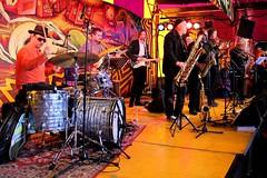 Weeah 7475-1_0955 (Co Broerse) Tags: music composedmusic aprilfeesten nieuwmarkt nieuwmarktaprilfeesten cobroerse weeah ianrijksen drums percussion miguelpetrucelli bassguitar sebastiaanlunsinghscheurleer sebastiaanscheurleer guitar paulmundy saxophone baritonesaxophone daveynorket keyboard thanosathanosopoulos tenorsaxophone oliveremmitt trombone charliegreen trumpet vocals funk amsterdam 2017