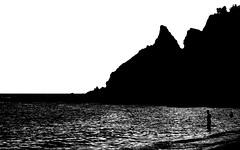 [ Capo scoperto - Uncovered head ] DSC_0569.2.jinkoll (jinkoll) Tags: bnw bw blackandwhite contrast white sea waves man silhouette horizon beach reflections capovaticano calabria reef rocks cliff mare